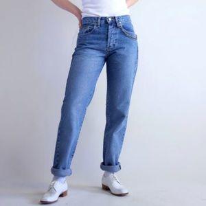 Calvin Klein 5 Pocket Mom Jeans Vintage